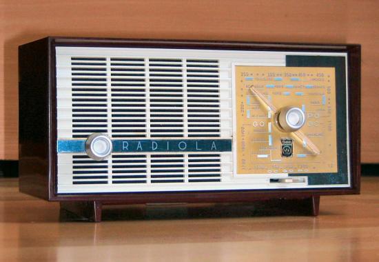 Radiola RA130U