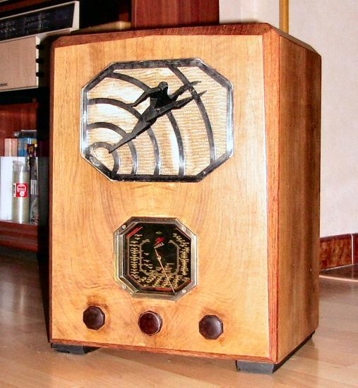 radio-ll-3696-2.jpg