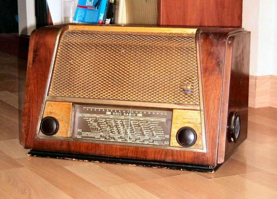 unic-radio.jpg